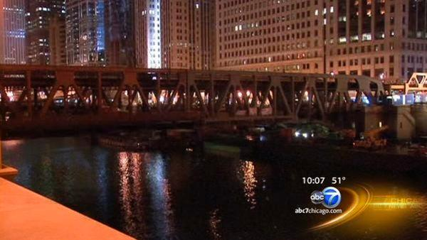 Wells Street Bridge to reopen for Monday morning rush