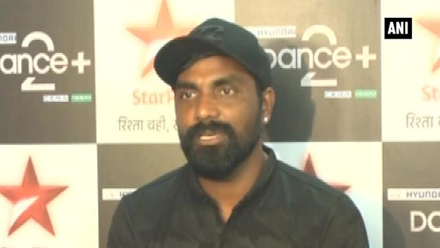 Stars promote comic-thriller 'Ghanchakkar' in Mumbai