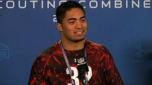 Manti Te'o Mobbed by Media at NFL Draft Meeting