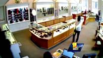 3 men sought in Frederick jewelry store heist