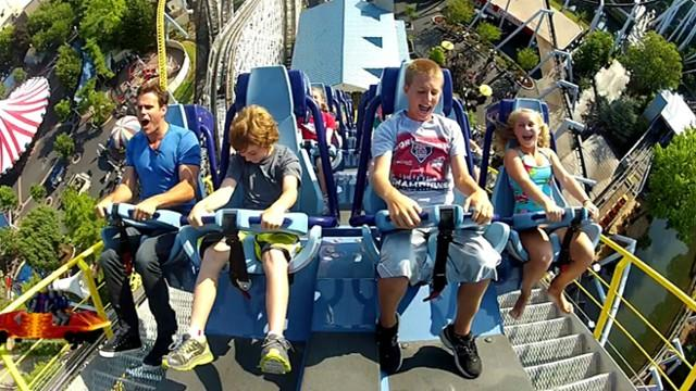 Extreme Roller Coasters: Hershey Park's Sky Rush Makes Debut