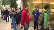 RAW: Apple store opens, fans pour in to buy iPhone 5S