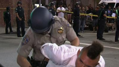 Raw: Zimmerman Protesters Confront L.A. Police
