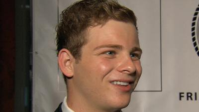 Jonathan Lipnicki Shows His Support For Tom Cruise