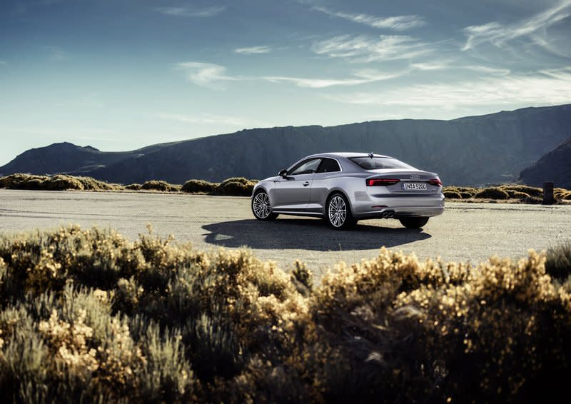 Audi宣佈美國市場2019年式的A4與A5將不再提供手排車型,這也代表之後消費者在美國買不到任何一款Audi手排車。