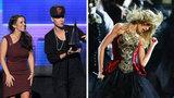Video: Mama's Boy Bieber and Taylor Swift's Transformation at the AMAs!