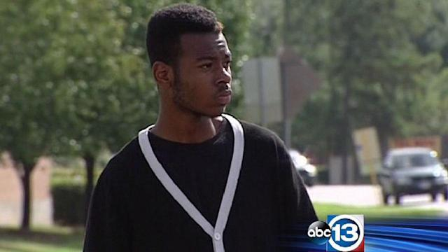 Parents say teen expelled for being gang member