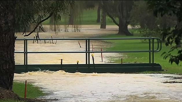 Vic residents brace for flooding