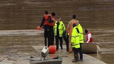 Rowing Team Pulled From River After Boats Capsize