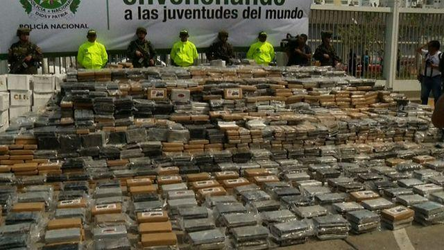 Colombian authorities seize 7 tons of cocaine