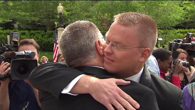 Gay marriage activists make their case in Springfield
