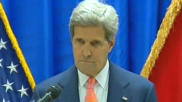 Kerry: Critical moment in Iraq's future
