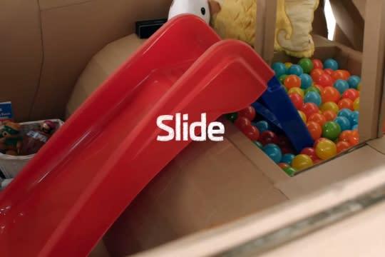 中控台就是一台平板,平整寬敞的行李空間要改造成球池附溜滑梯也不成問題。