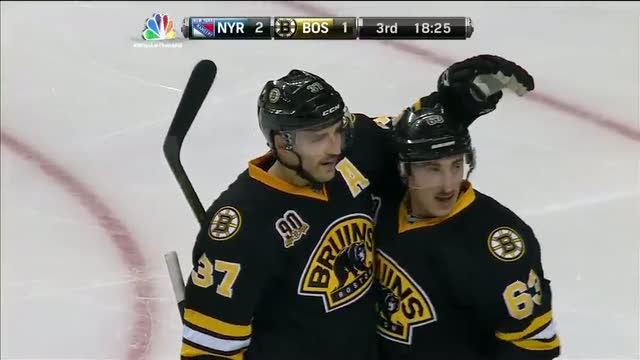 Patrice Bergeron scores with help of Girardi