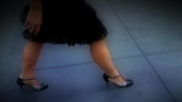 Researchers Pinpoint When High Heels Become a Pain