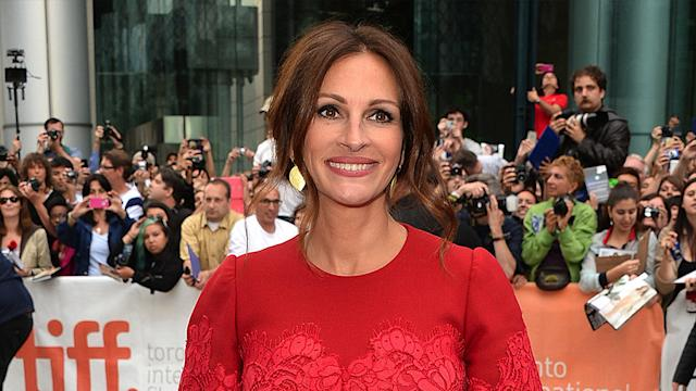 Julia Roberts Returns to the Red Carpet - and Gropes a Costar! - at August: Osage County's Premiere