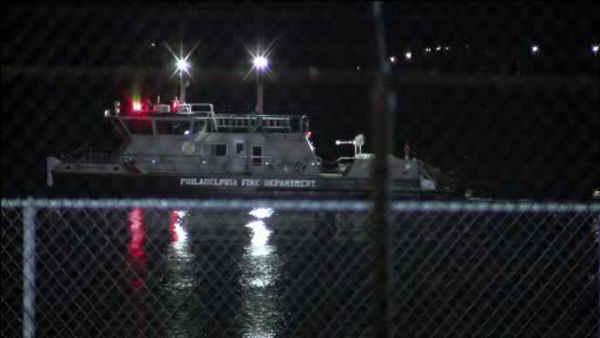 2 injured following hazmat spill in the Delaware River