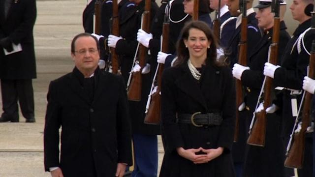 Hollande arrives in the United States