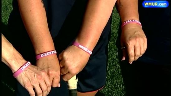 Field hockey team helps fight against breast cancer