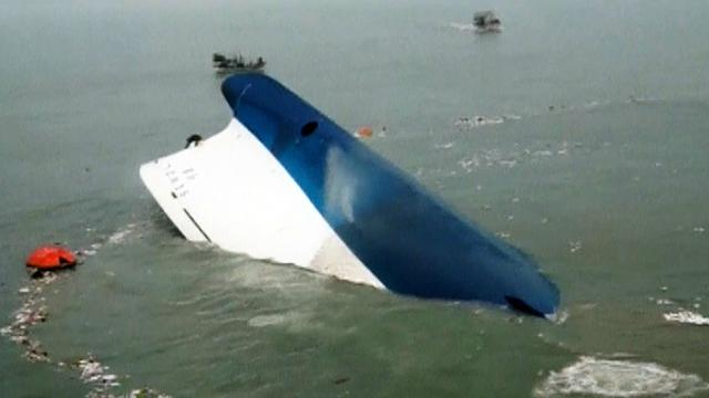 Ferry tragedy: Parents await word, new questions about captain