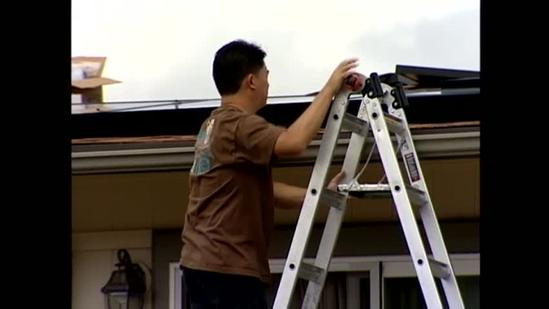 Rush to get solar tax credits