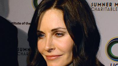 Courteney Cox Dishes On Working With Matthew Perry Again