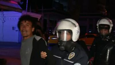 Raw: Turkish Protesters Urged to Leave Park