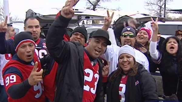 Texans fans take over Chicago for big game