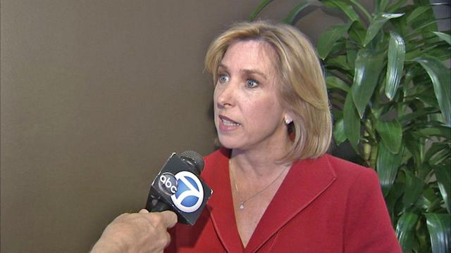 Los Angeles mayoral candidate profile: Wendy Greuel touts fiscal oversight