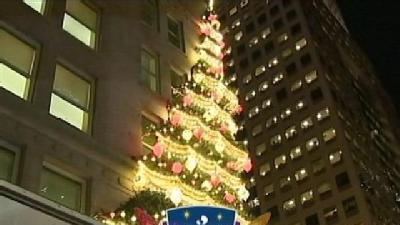 Thousands Pack Downtown For Duquesne Light Light Up Night