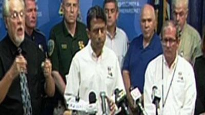 Ahead of Isaac, Jindal cancels RNC trip