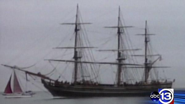 Bound for Galveston, Bounty can't outrun Sandy