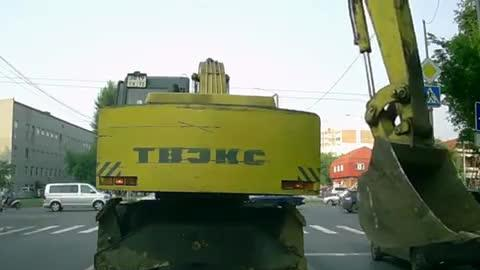 Fixing a Tail Light With an Excavator!