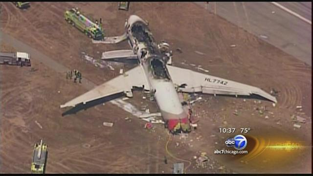 2 dead after plane crashes at San Francisco International Airport