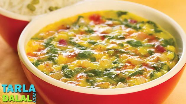 Masoor Dal with Spinach by Tarla Dalal