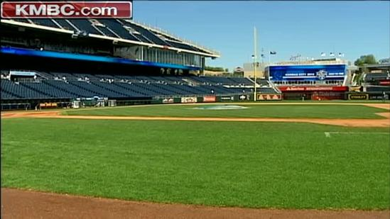 Groundkeepers fight to keep grass green at the The K