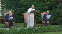 """Pope calls on Israelis, Palestinians to find """"courage"""" for peace"""