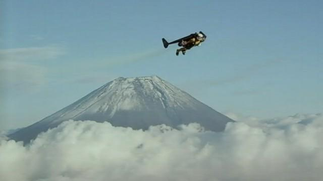 'Jetman' Soars Around Mount Fuji
