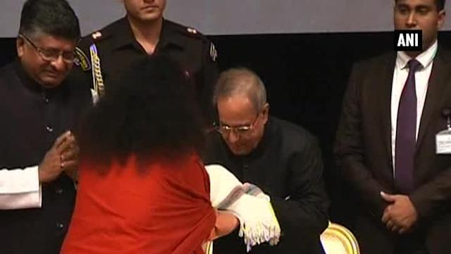 President receives copy of 'Encyclopedia of Hinduism'