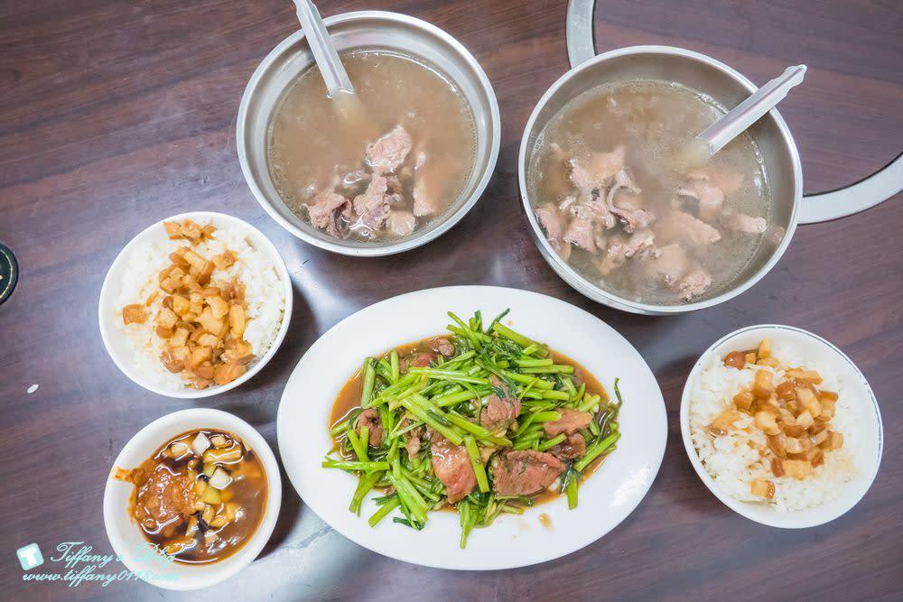[台南美食]阿財牛肉湯/在地人推薦隱藏版牛五花牛肉湯/安平老街(安平古堡)美食