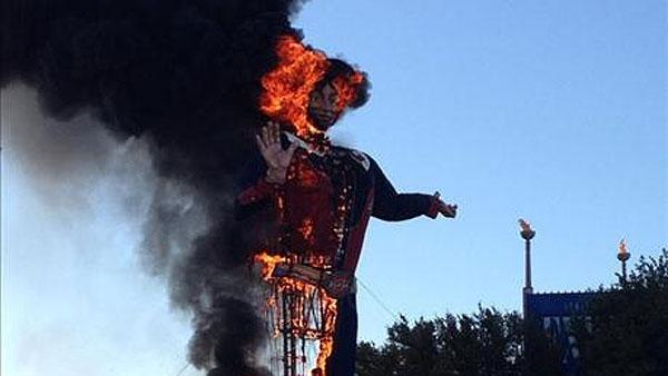 DFD: 'Tall cowboy, all his clothes are on fire'
