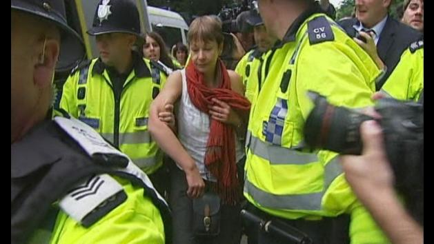 Green MP Caroline Lucas arrested over anti-fracking protest
