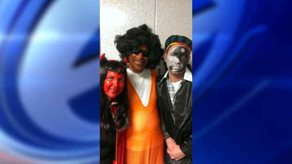 Assemblyman Dov Hikind responds to costume controversy
