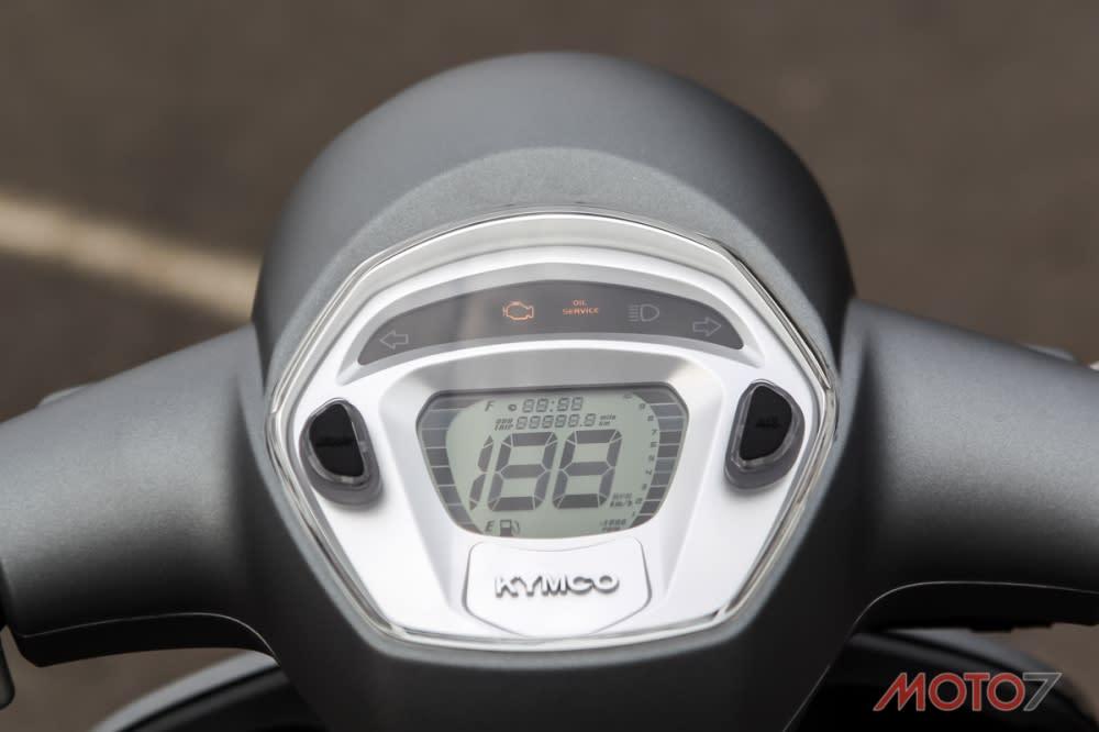 LCD 全液晶儀錶板。