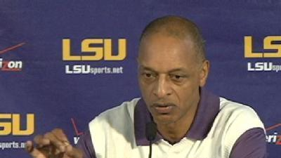 LSU Basketball Gets ready For First Game