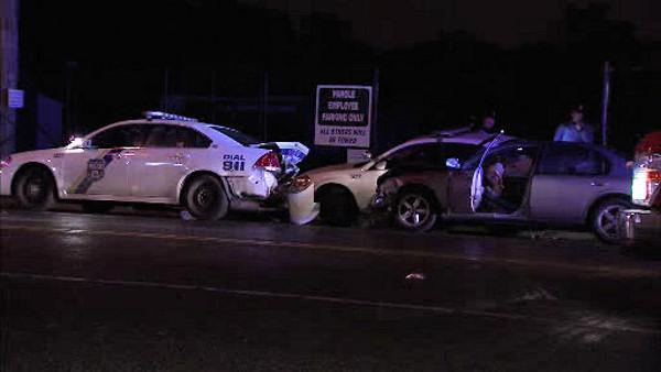 Police: 2 officers injured by DUI driver in Germantown