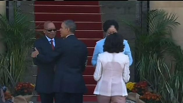 Obama meets Mandela's family