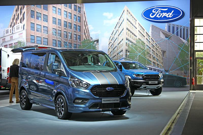 要說到Ford商旅車,台灣也得見的旅行家Tourneo Custom與Ranger都是要角。