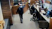Pinole bank robber let go from prison over snafu