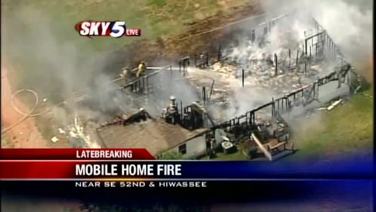 Crews put out mobile home fire in SE OKC